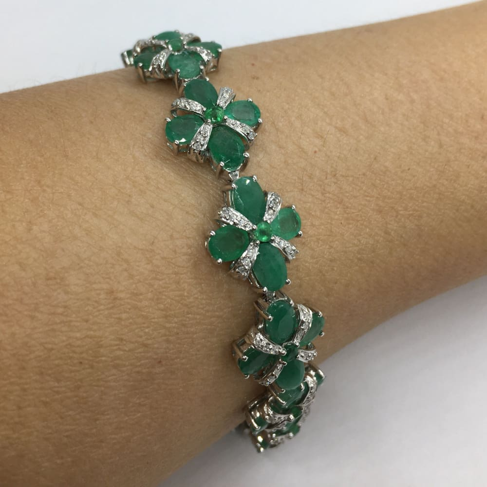 Luxinelle 20 Carat Oval Emerald And Round Diamonds 14K White Gold Bracelet - Flower Floral Motif - Bracelet
