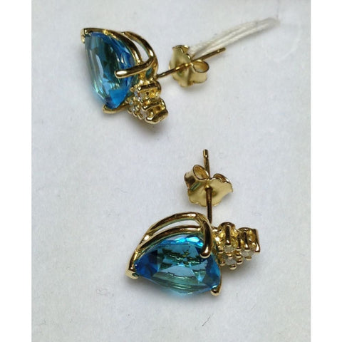 Image of Luxinelle 8.42 Carat Blue Topaz Heart Stud Earrings - 14K Yellow Gold - Earrings