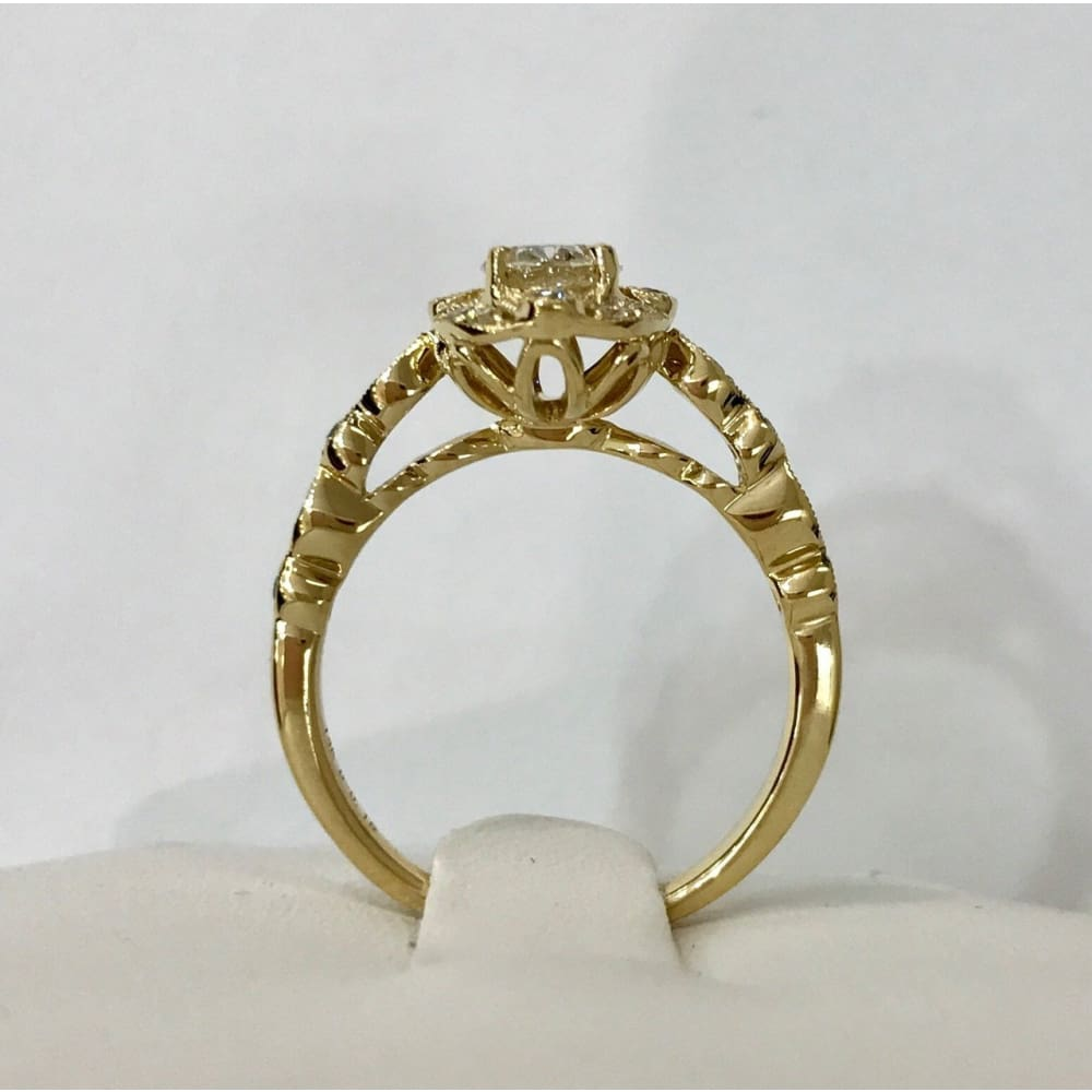 Luxinelle Natural Oval Diamond Vintage Halo Engagement Ring - 14K Yellow Gold 0.82Tcw - Ring