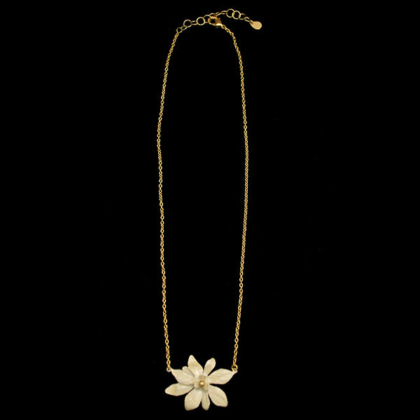 Magnolia Single Necklace