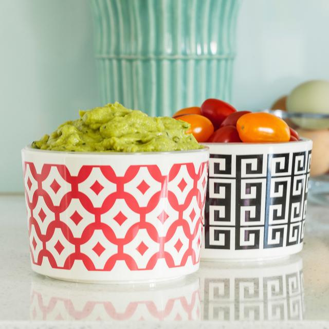 "Duo ""Classic"" Dip Bowls Lifestyle Image"