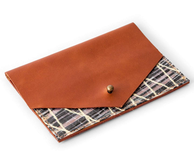 Cape Horn Luggage Women / Brown Passport Wallet