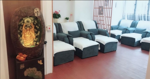 30mins Foot Massage + Foot Lynph by Royal Massage(皇足)