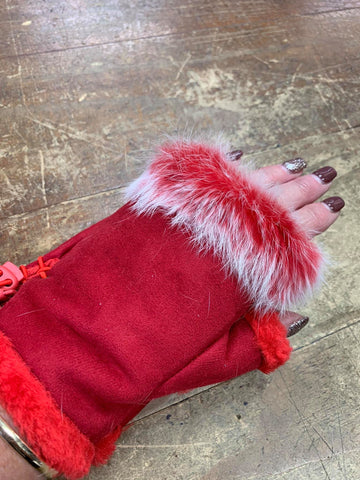 Fluffy Fingerless Gloves - Red