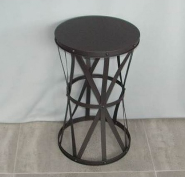 Round Metal Twist Table
