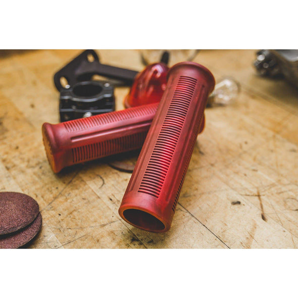 Beck Grips - Marbled Red - 1 inch