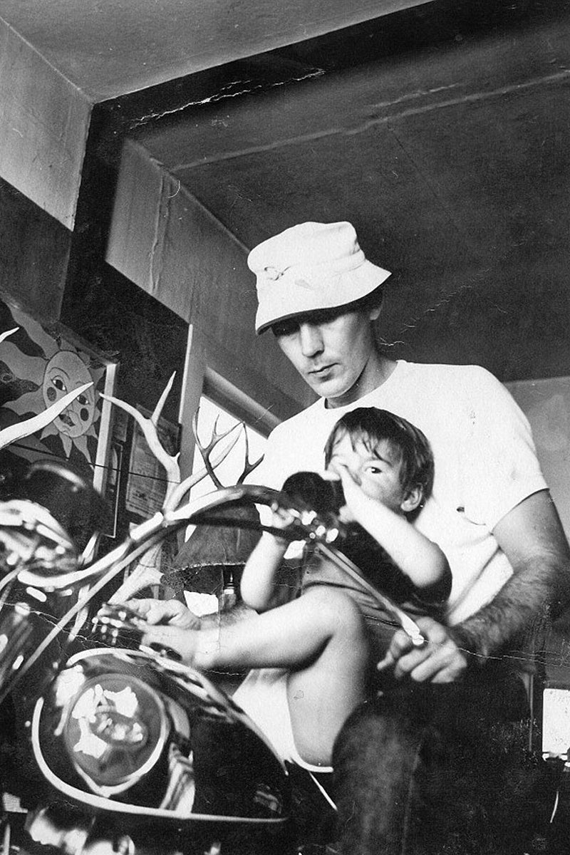 Hunter S Thompson on his BSA A65 Lightning with his son Juan. Famous motorcycle riders