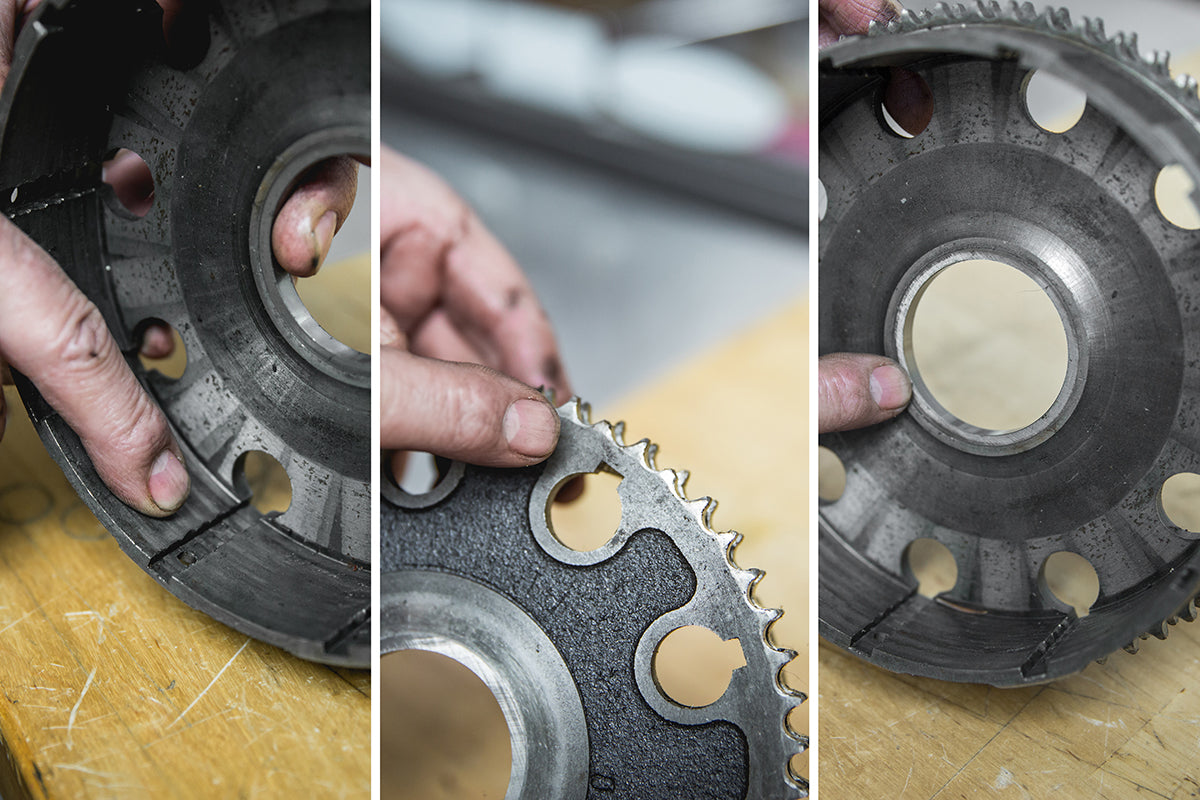 These are the three areas to inspect on your clutch basket. Grooves in the inside of the basket are bad. broken teeth on the outside are bad. Pitting or gouges in the center are also bad. Triumph 650 clutch inspection and serviceTriumph 650 Clutch Inspection and Service-19