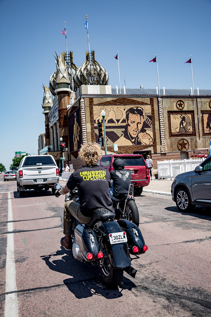 Tyler and Greg rolling up on The Corn Palace. Lowbrow-Customs---Cross-Country-2016