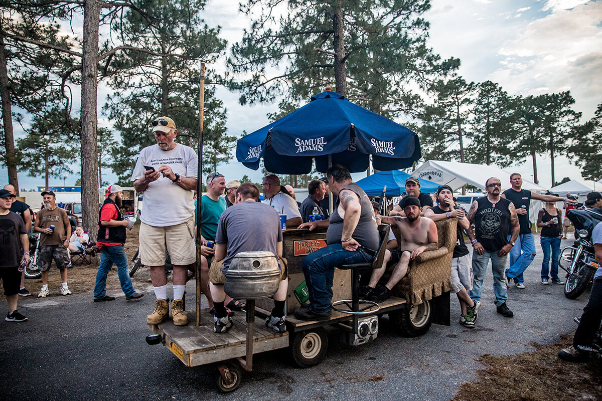All kinds of contraptions rolling around this year, check out this couch bar! The Horse Smoke Out 18 - Lowbrow Customs