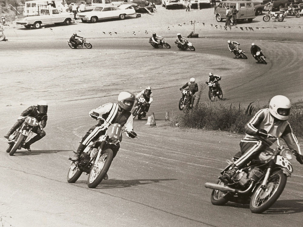 Bell Helmets worn by Motorcycle Racers in 1969. (Right to left ) #85 - Ken Smith, #111 - Steve McLaughlin, and #77 - Dain Gingerelli. Lowbrow Customs - The History Of Bell Helmets -racing_carlsbad_turn_4_1969