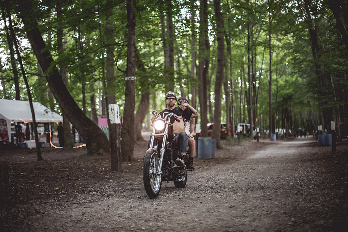 Others just rode back and forth showing off their goods. Lowbrow Customs 2016