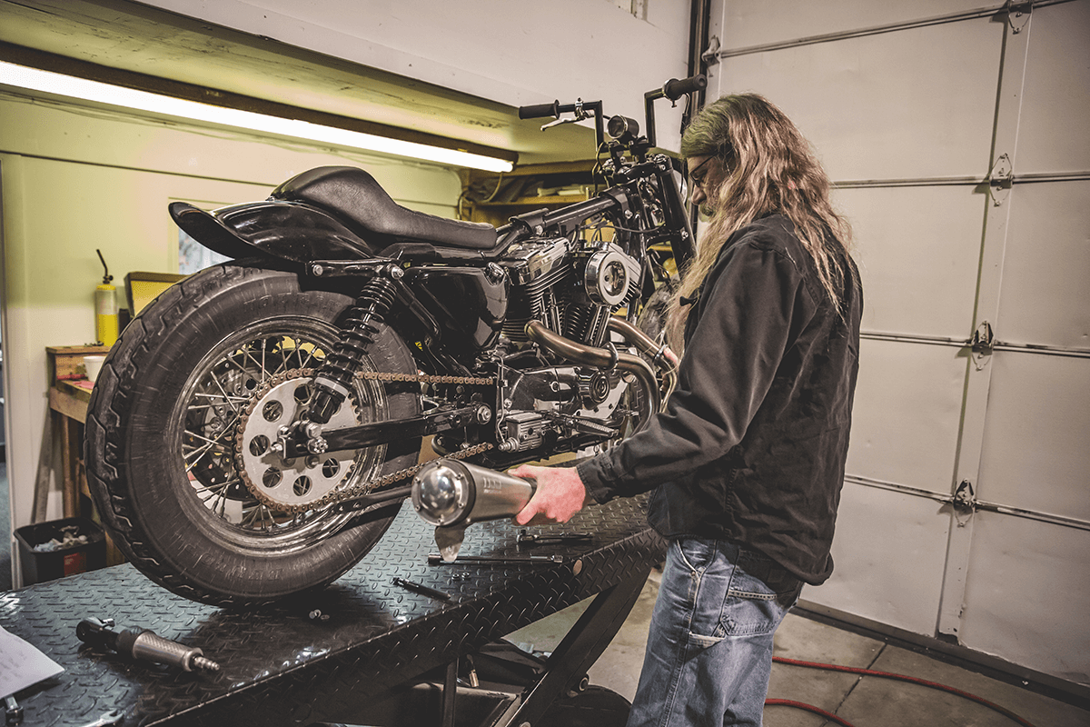 Step 1-shotgun-pipes -426A2770-How To Install: Lowbrow Customs Shotgun Pipes 86-03 Harley-Davidson Sportster