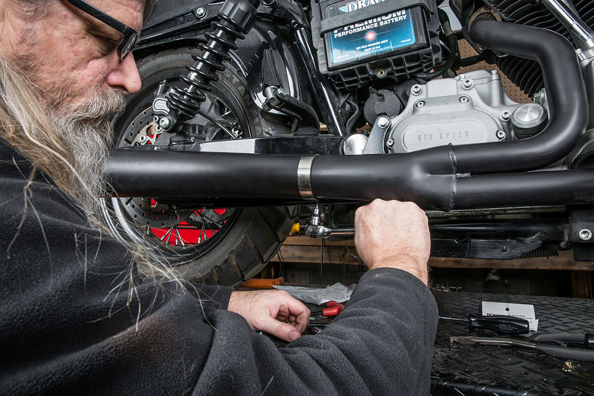 Tighten the exhaust clamp firmly with a 3/16 allen socket. - Lowbrow Customs - 2 into 1 by Kerker How to Install on Dyna