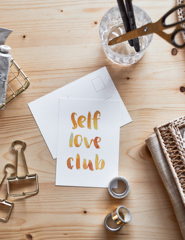 "Brush Lettering Postkarte ""Self love club"""