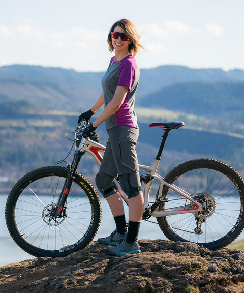Showers Pass Releases Women's MTB Apparel Collection