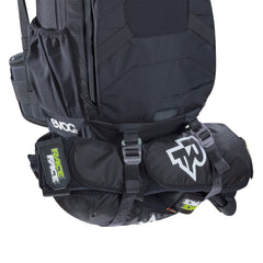 FR Enduro 16l - Black by EVOC