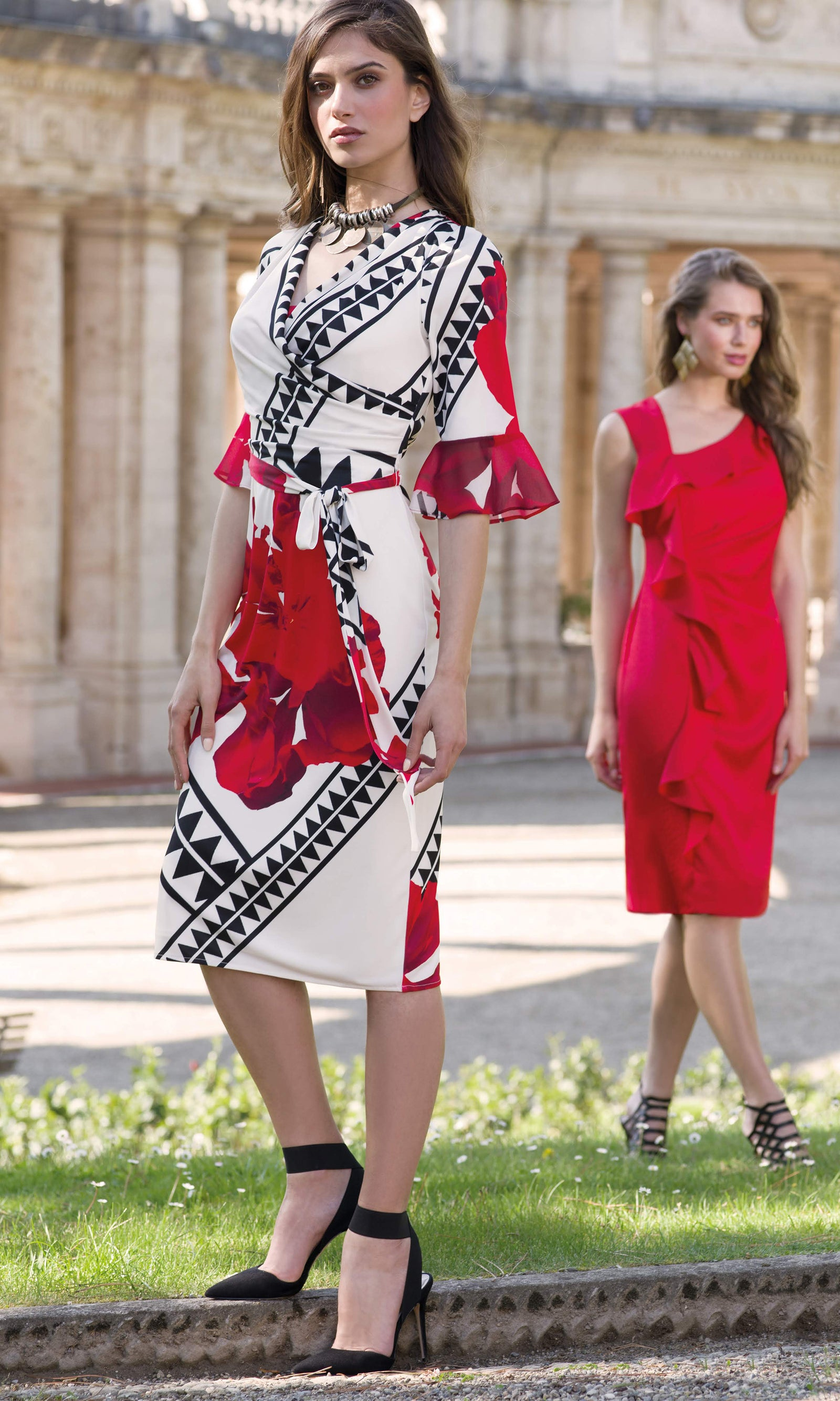9075 Red Michaela Louisa Bold Print Dress With Sleeves