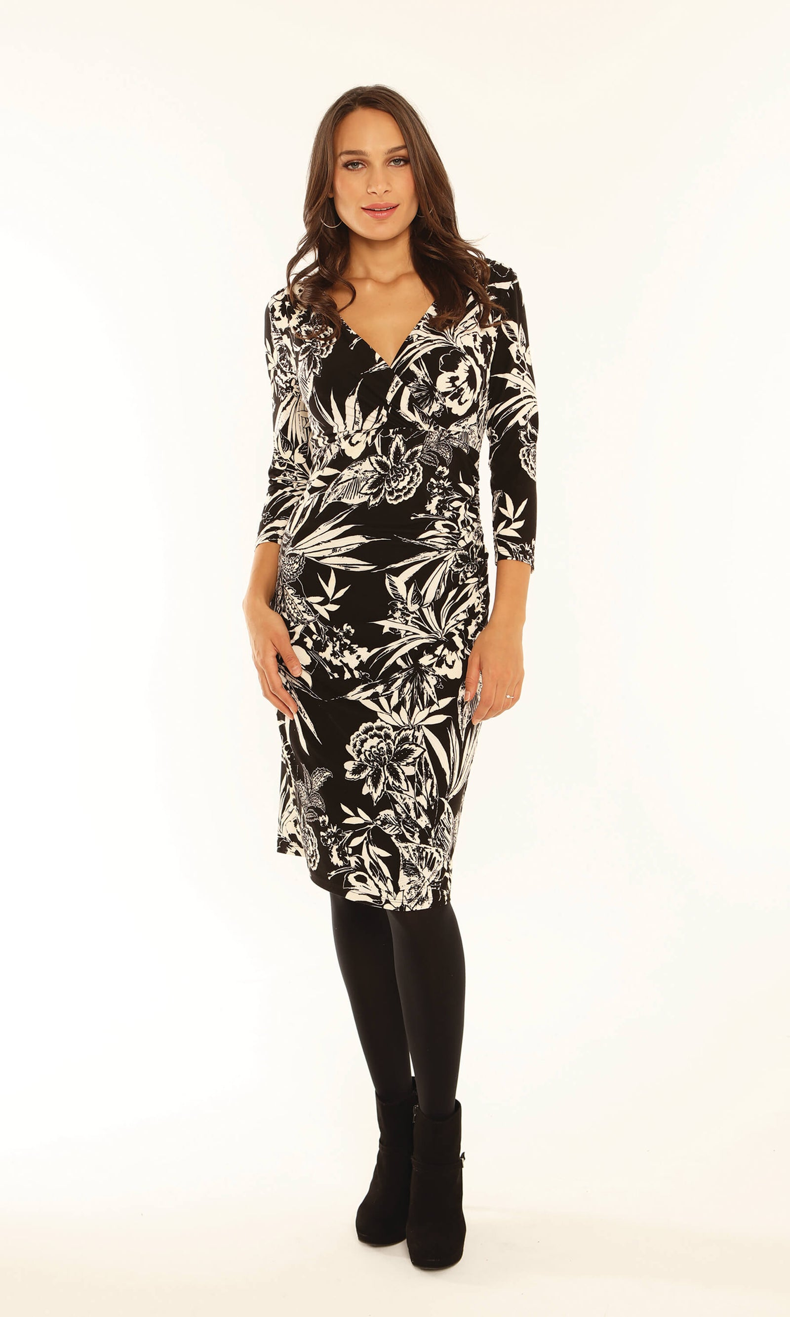 9150 Black White Michaela Louisa Print Dress With Sleeves - Fab Frocks