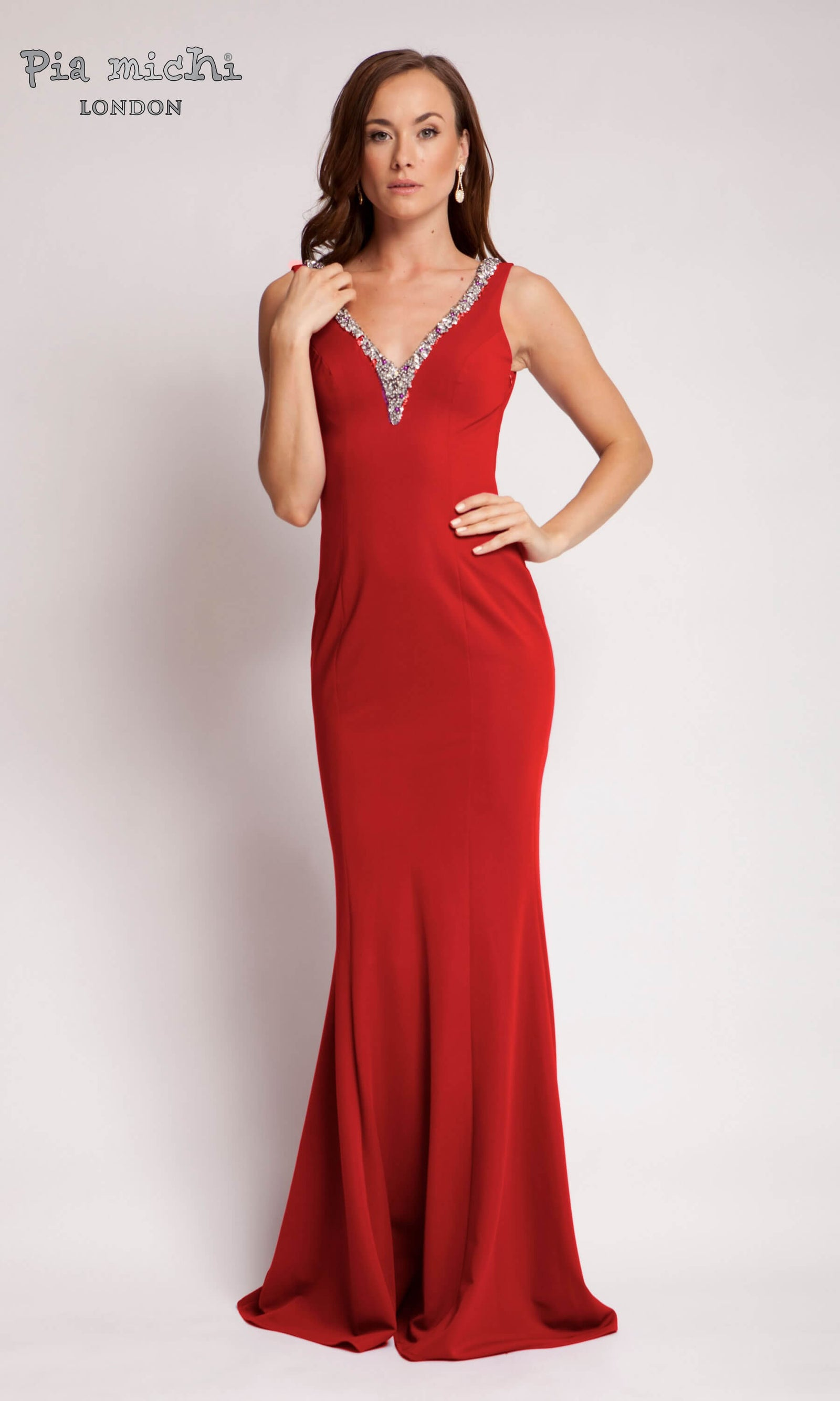 1672 Red Pia Michi V-Neck Low Back Evening Dress