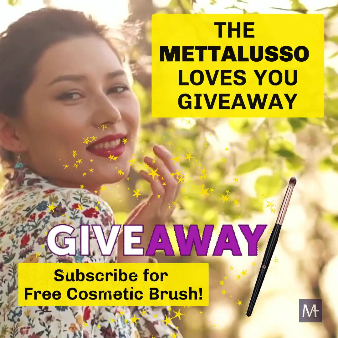 Mettalusso Subscriber and receive free makeup cosmetic brush
