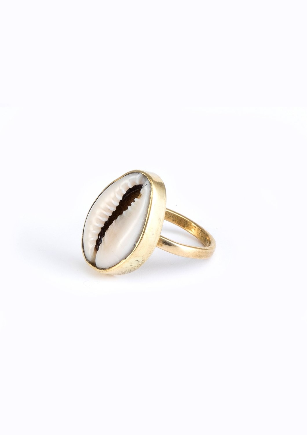 SOUL Cowrie Ring
