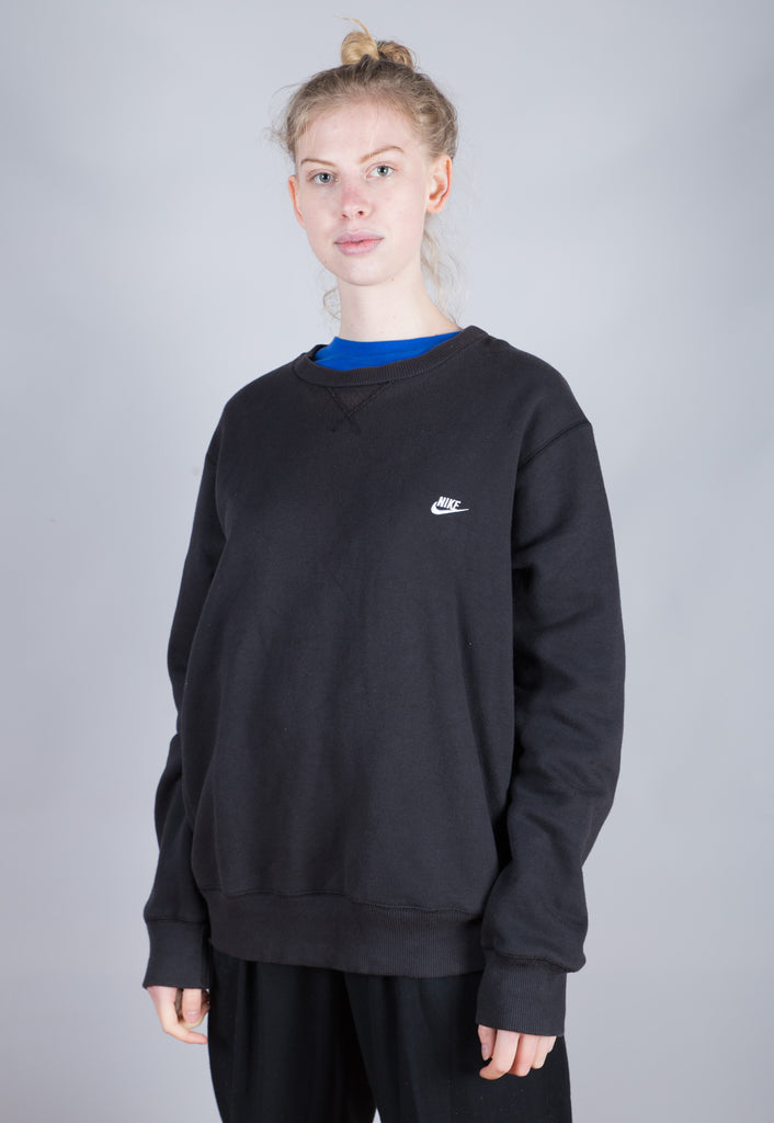 90's Nike Black Embroidered Small Logo Sweatshirt
