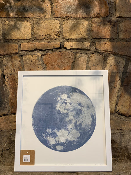 Moon in Light Grey and Navy [variant_title] - Logan Malloch