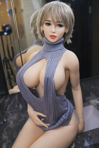 Sexy asian sex doll