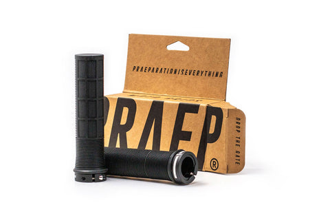 Praep® Moto Grips LockOn with a plastic free package