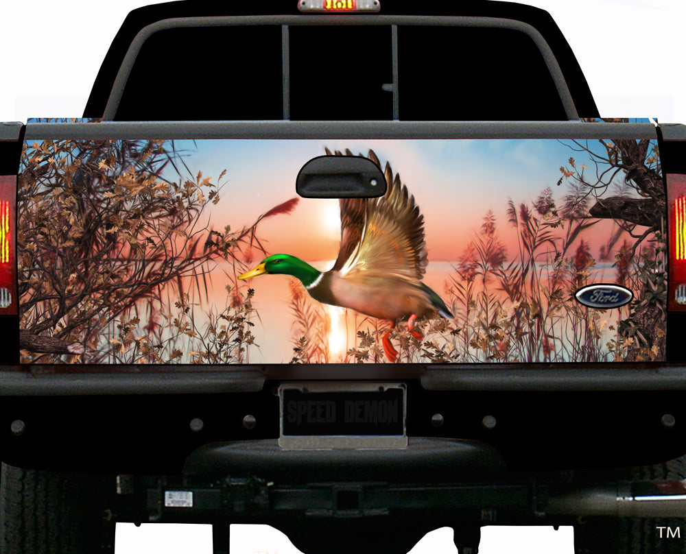 Tailgate Wraps Duck Pond