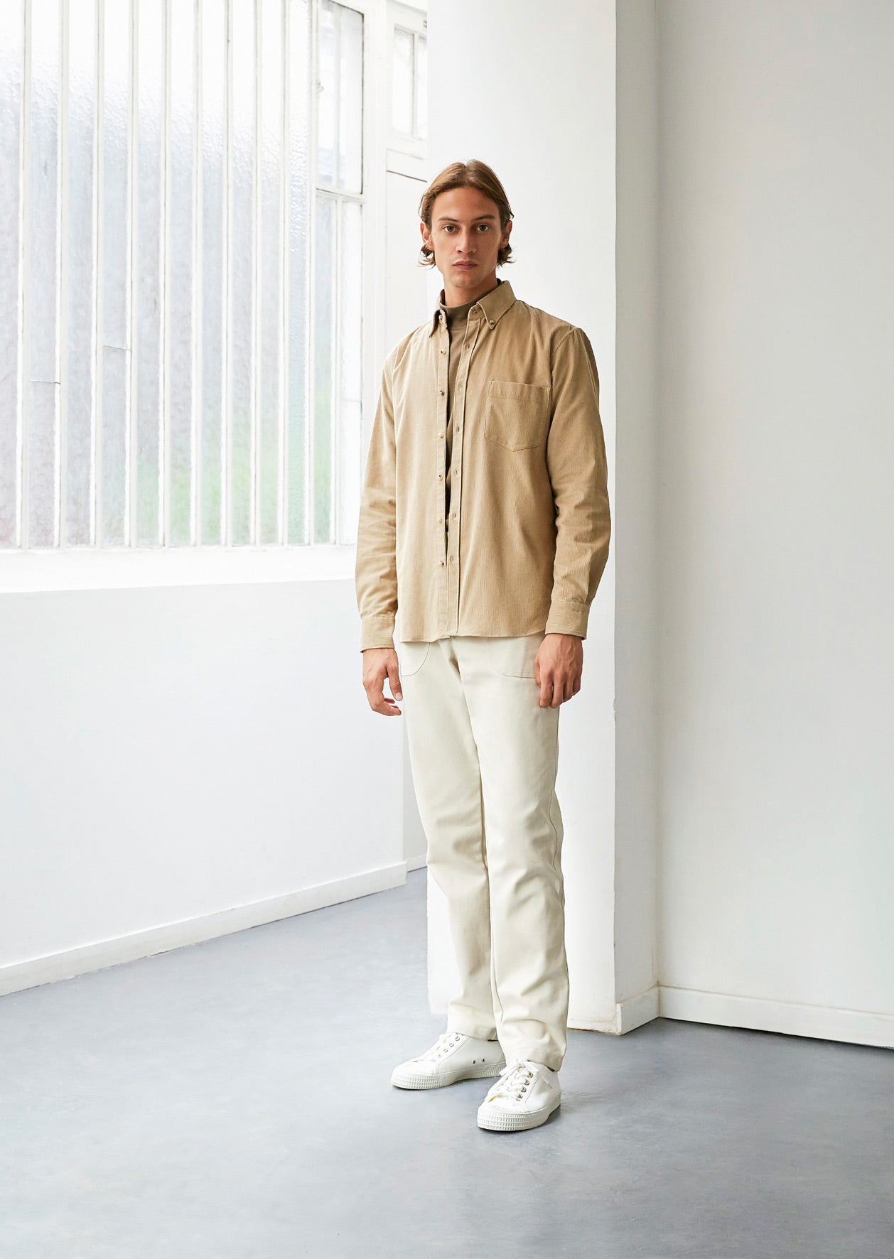 Buttondownshirt English needlecord beige