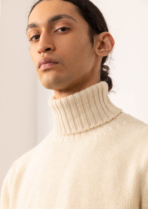 Turtle neck sweater - Peruvian undyed superfine alpaca blend - Natural…