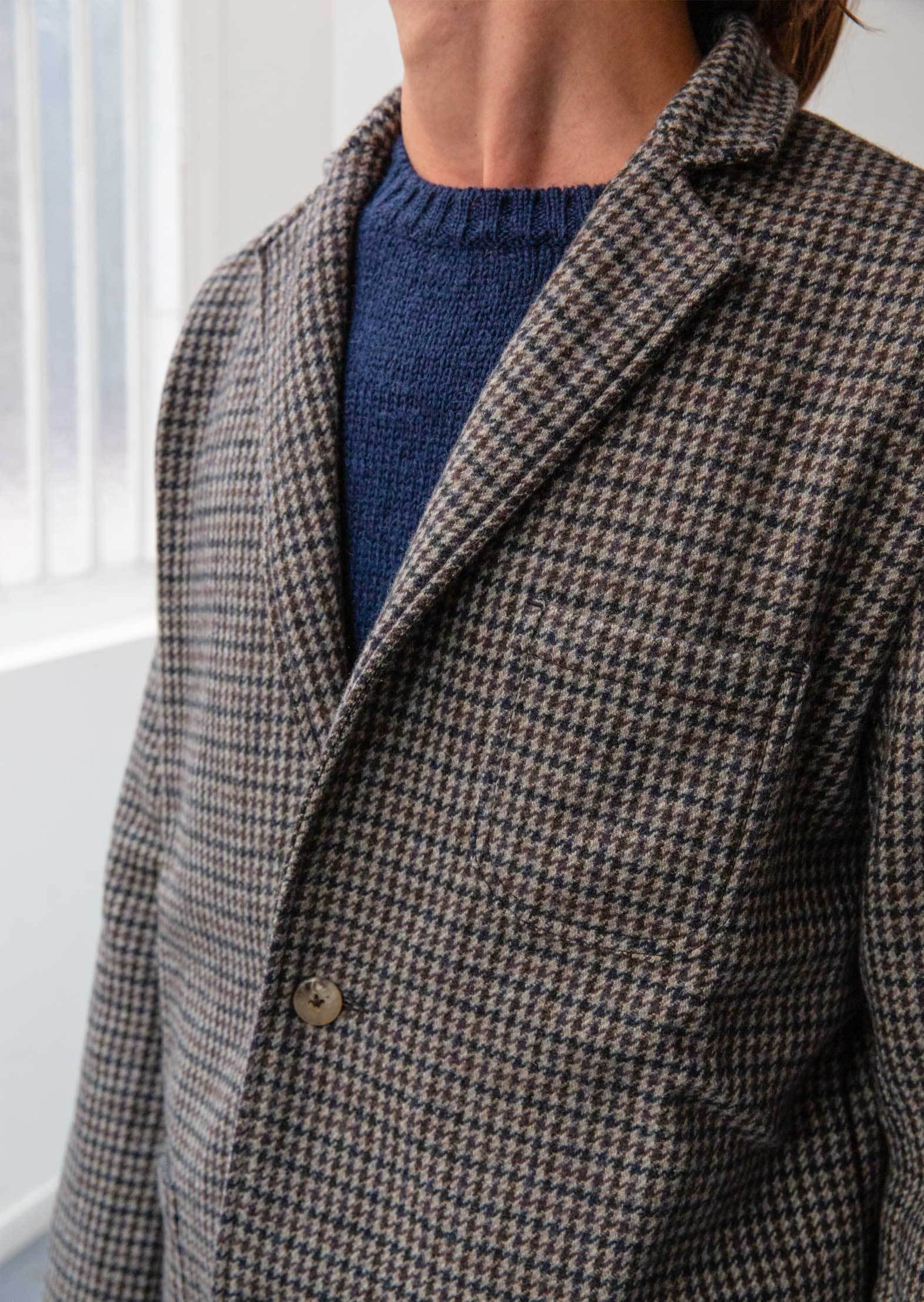 De Bonne Facture - Relaxed jacket - Soft recycled wool - Brown & Navy houndstooth