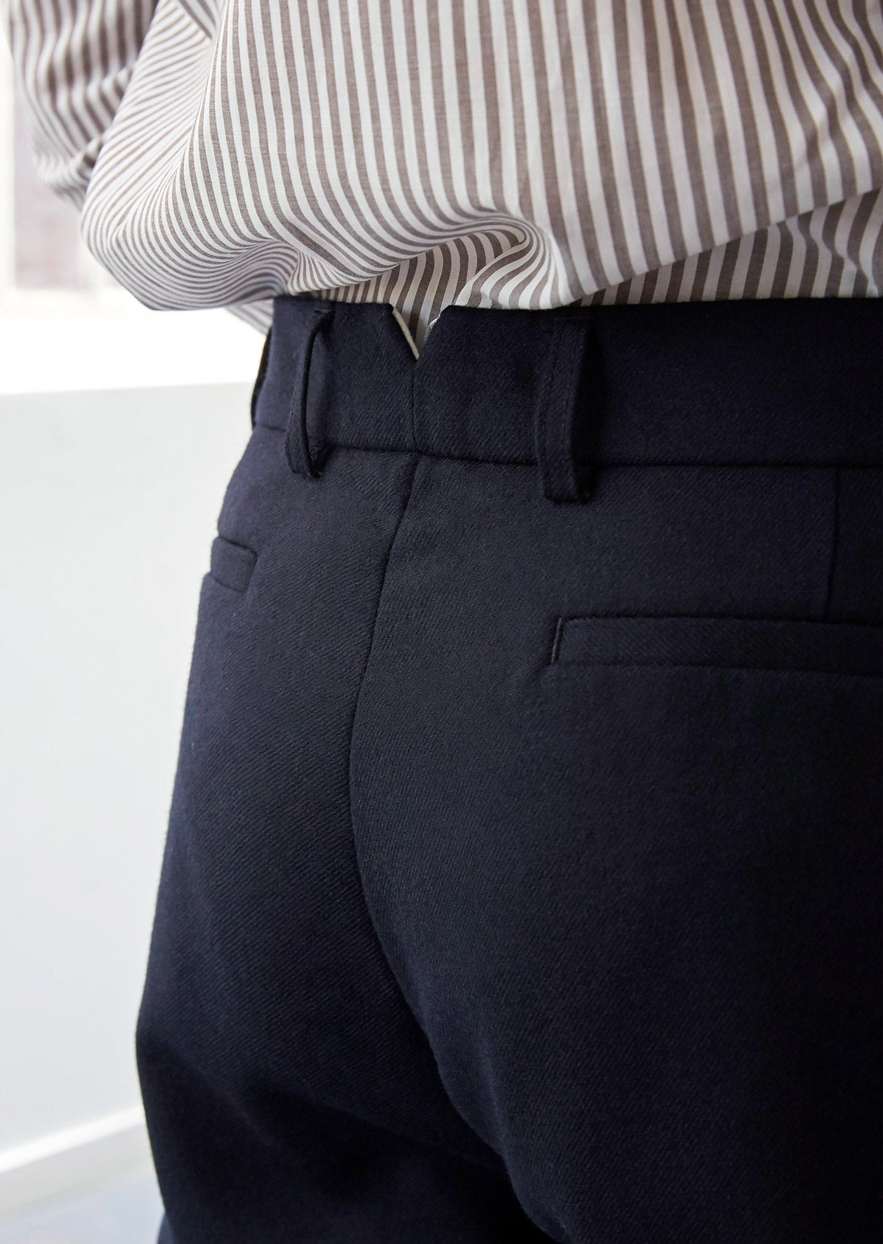 Two pleat large trousers - Japanese wool twill - Navy - De Bonne Facture
