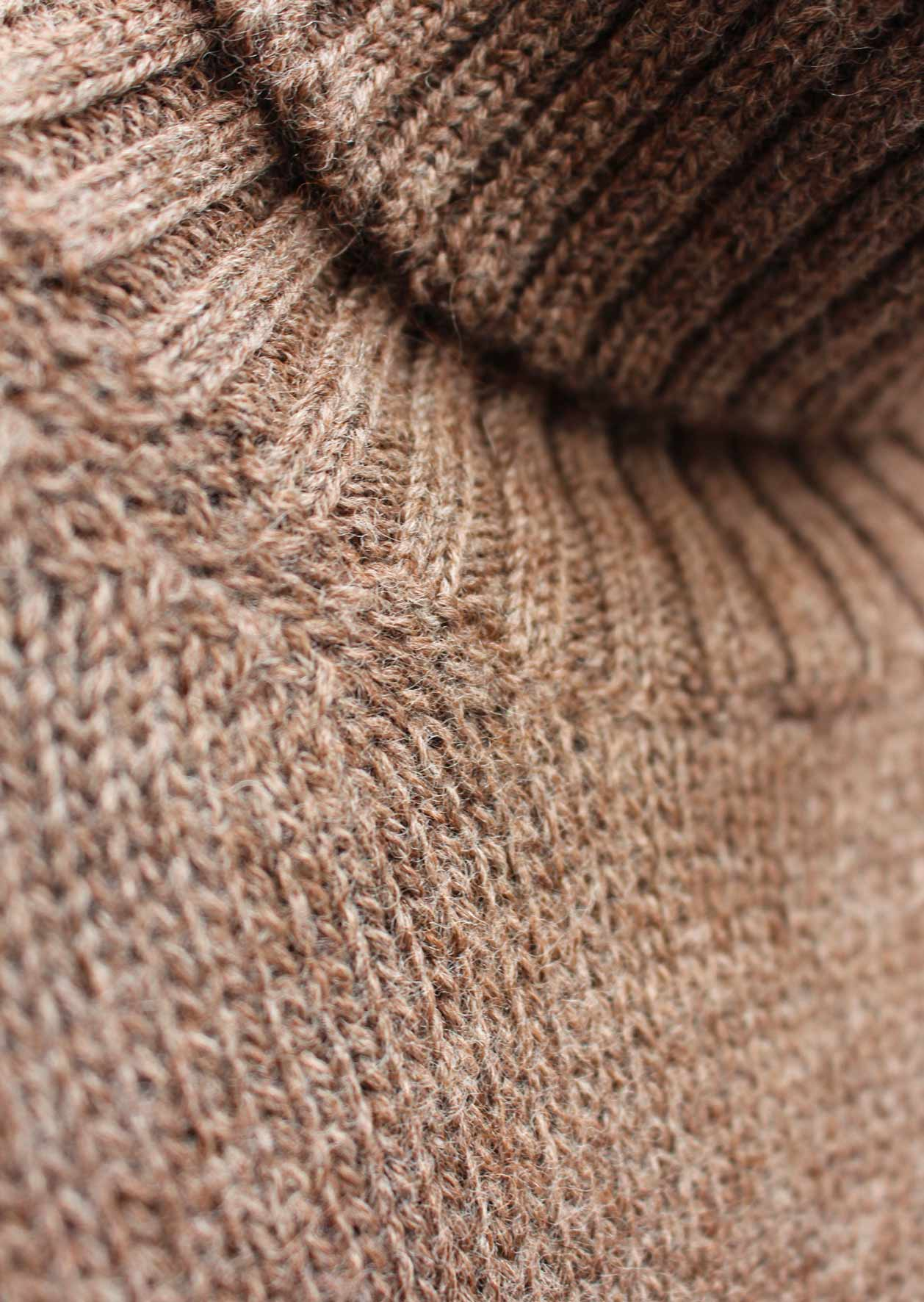 Turtle neck sweater - Peruvian undyed superfine alpaca blend - Natural brown - De Bonne Facture