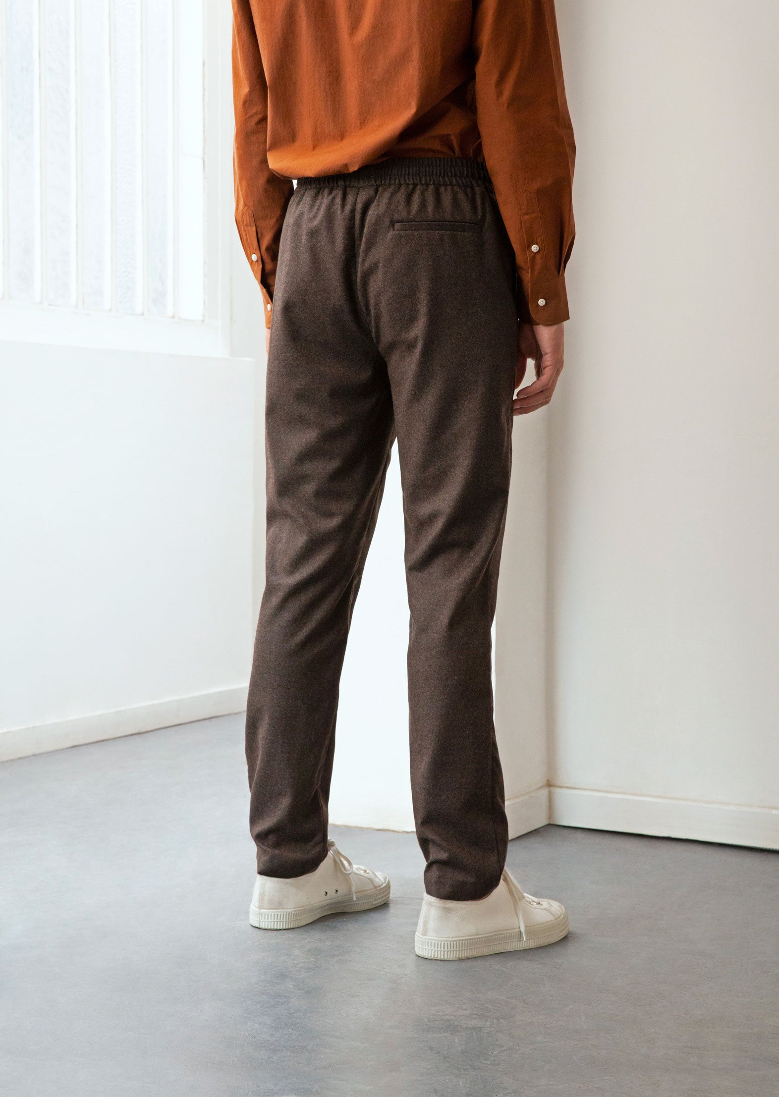 Relaxed trousers - Italian wool flannel - Greige