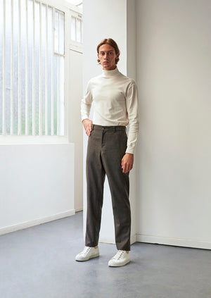 Tailored trousers - Italian wool flannel - Greige - De Bonne Facture