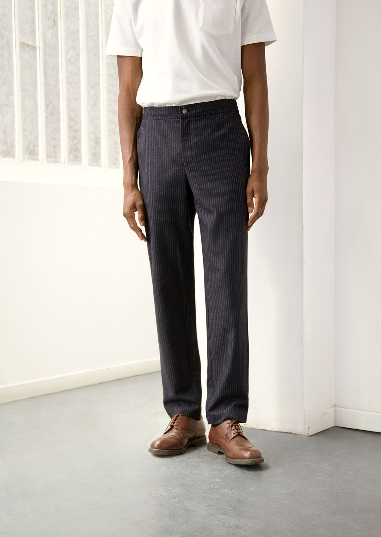 De Bonne Facture - Easy trousers - Navy Pinstripe - Wool flannel