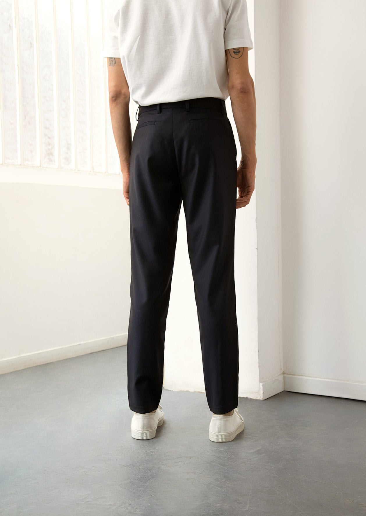 De Bonne Facture - One pleat trousers - Wool twill - Navy