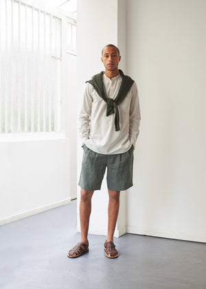 Pleated bermuda shorts - Washed & brushed linen - Jade