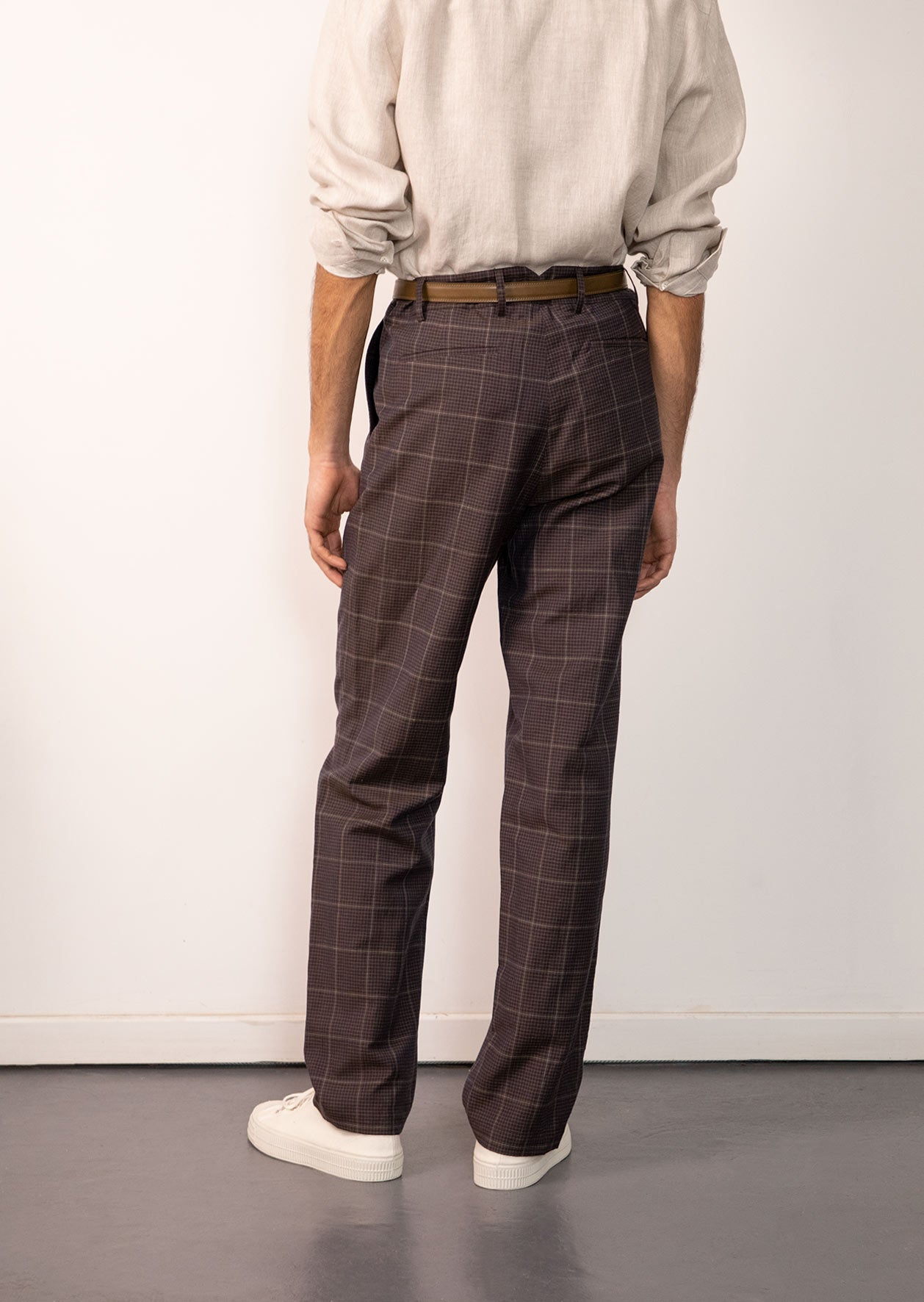 De Bonne Facture - Two pleat large trousers - Washed wool & linen - Dark brown checks