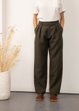 De Bonne Facture - Women - Two pleat large trousers - Belgian washed linen - Arabica