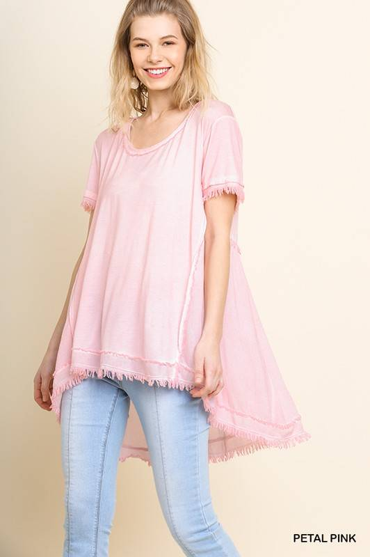 SHORT SLEEVE TOP W/ FRAYED AND GATHERED DETAIL