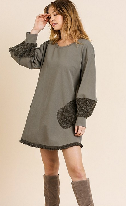 Long puff sleeve with pockets and frayed hem dress