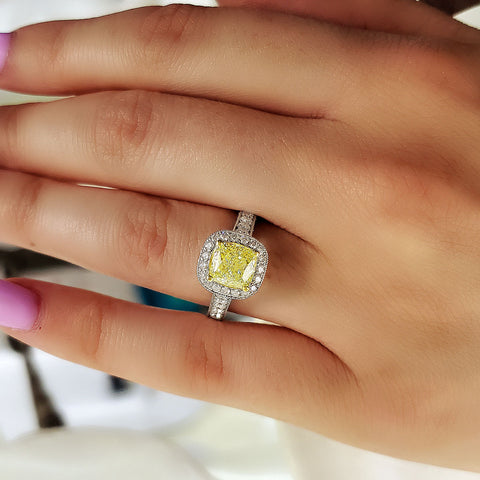 2.80 Ct. Canary Fancy Yellow Halo Cushion Cut Diamond Engagement Ring VVS1 GIA Certified