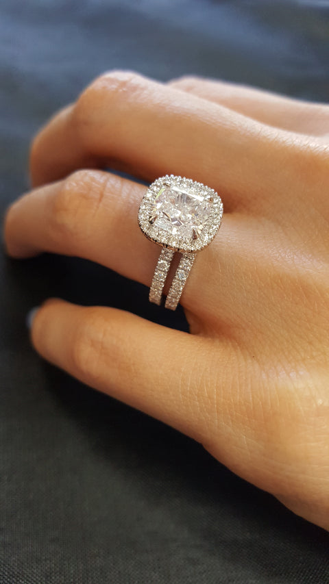 2.60 Ct. Cushion Cut Diamond Halo Engagement Ring Bridal Set GIA Certified H/SI1