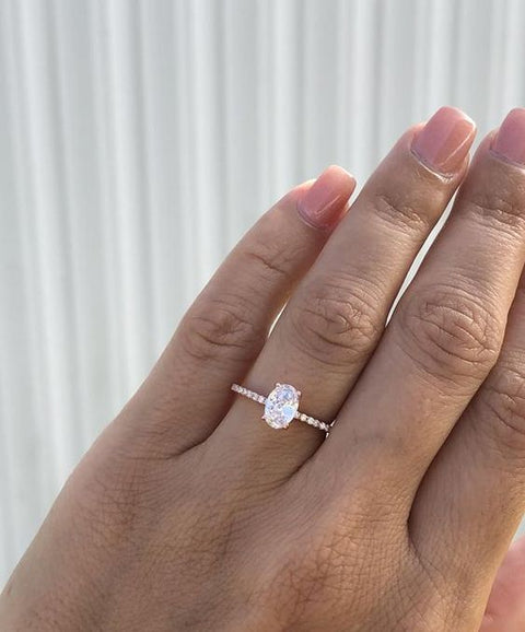 2.00 Ct. Oval Cut Diamond Engagement Ring w Matching Band GIA Certified I/VS2