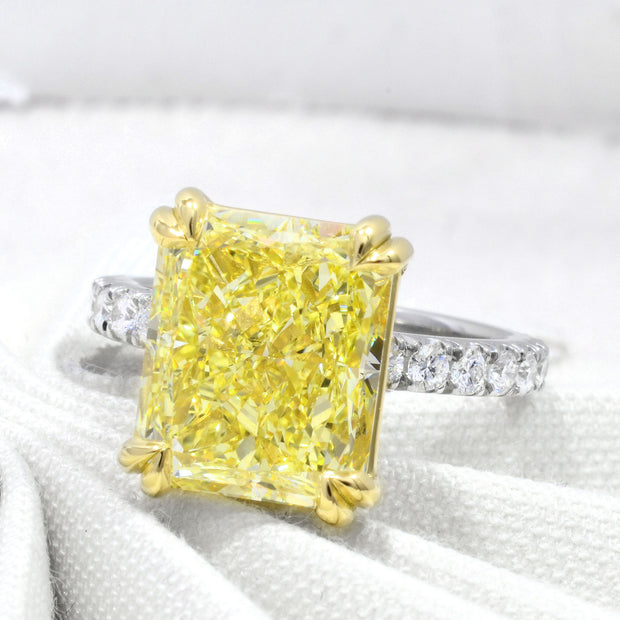 3.25 Ct. Elongated Radiant Cut Canary Fancy Light Yellow Diamond Ring VS2 GIA Certified