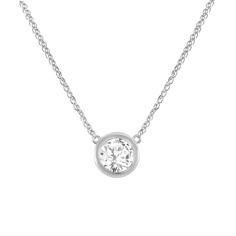 LEDODI Queen Bezel Diamond Pendant Necklace